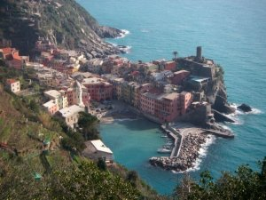 looking back toward Vernazza on the trail to Monterosso