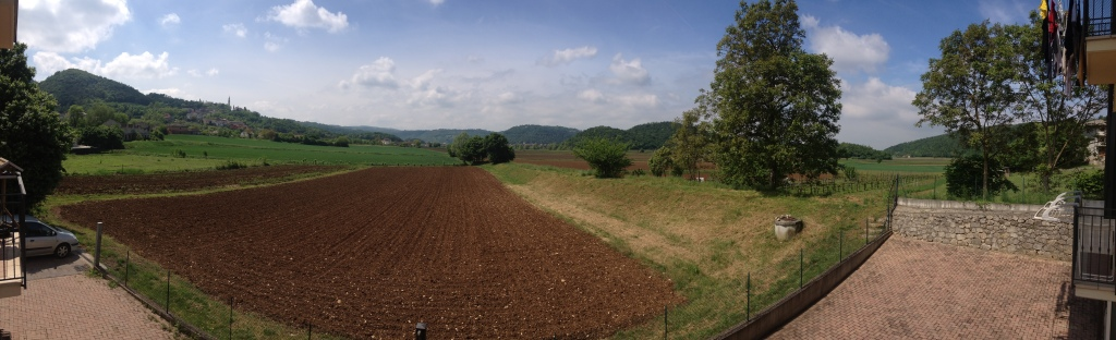 180° panoramic vista of the view from the back of Casa di Maul